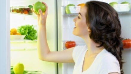 Женщинам не удается перебороть чувство голода мысленным усилием
