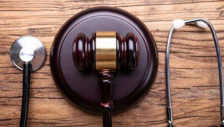 Ответственность за фальсификацию результатов медэкспертиз ужесточена формально